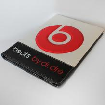 Кожен калъф за таблет Apple iPad 5 / iPad Air със стойка - Beats by Dr.Dre / бял с черно и червено