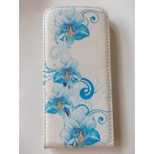 Кожен калъф Flip тефтер за Apple iPhone 5 / iPhone 5S - бял със сини цветя / гравирана кожа
